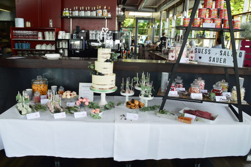 Foto Candy- und Saltybar Hochzeitstrend