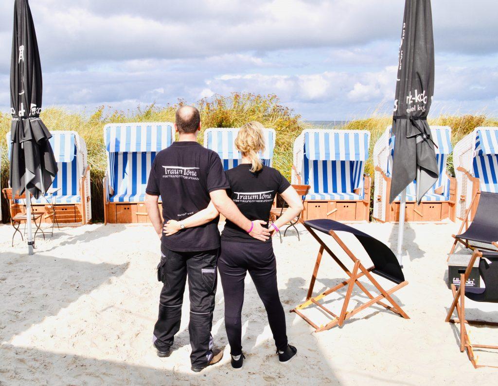 Foto Birte Gäbel und Björn Dumke Traurednerin - Hochzeitsplanung trotz Corona